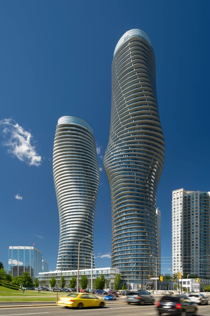 things to do toronto marylin monroe towers absolute towers