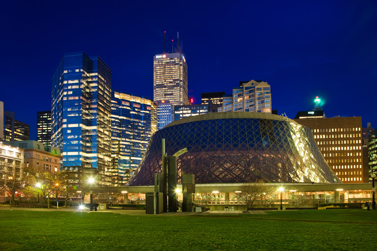 impressive things to see toronto roy thomson hall